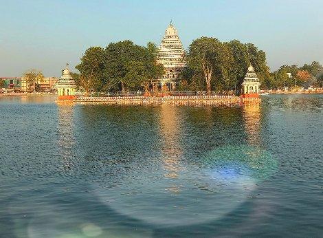 Vandiyur Mariamman Teppakulam in Madurai